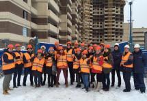 Будущих строителей обучают на стройплощадках