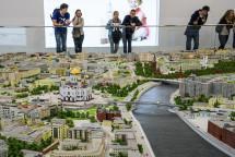 В День Победы посетителям «Макета Москвы» устроят светопредставление