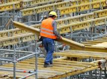Число стройкомпаний, входящих в СРО, может сократиться до 70-80 тысяч