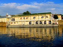 В Петербурге появятся плавучие гостиницы