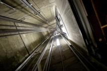 Электромеханика по лифтам отправят под суд
