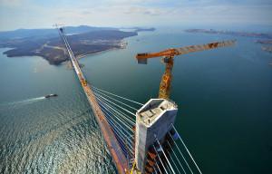 Как в России наводят мосты