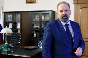 Чета Мень заработала за год 63 миллиона рублей