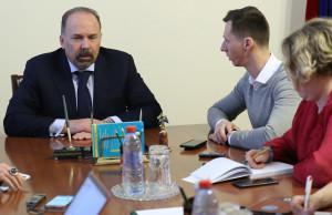 Минстрой призвал на помощь «Единую Россию»