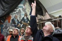 Петербургские метростроевцы шлют послание Беглову