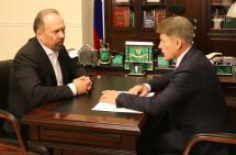 Сахалинский губернатор попросил главу Минстроя поддержать строителей-островитян