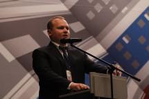 Антон Мороз решил баллотироваться в Госдуму