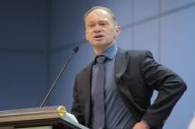 Павел Горячкин: Отрасли нужны строительные нормы, а Минстрою – право их утверждения